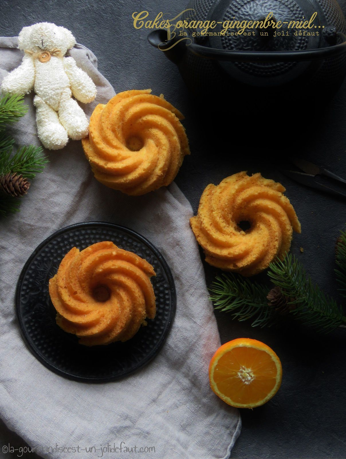 Cakes à l'orange, gingembre et miel