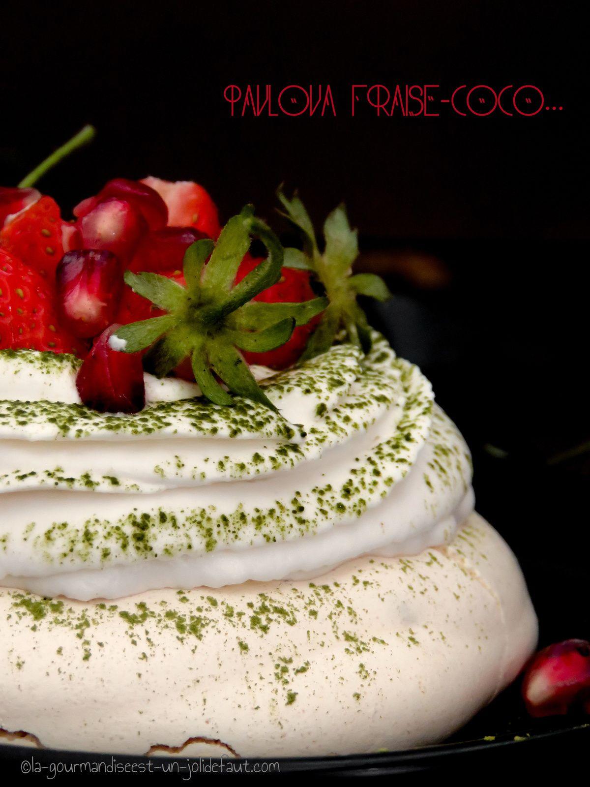 Pavlova fraise-coco