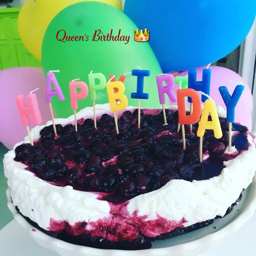 tanti auguri a me e la torta a te!