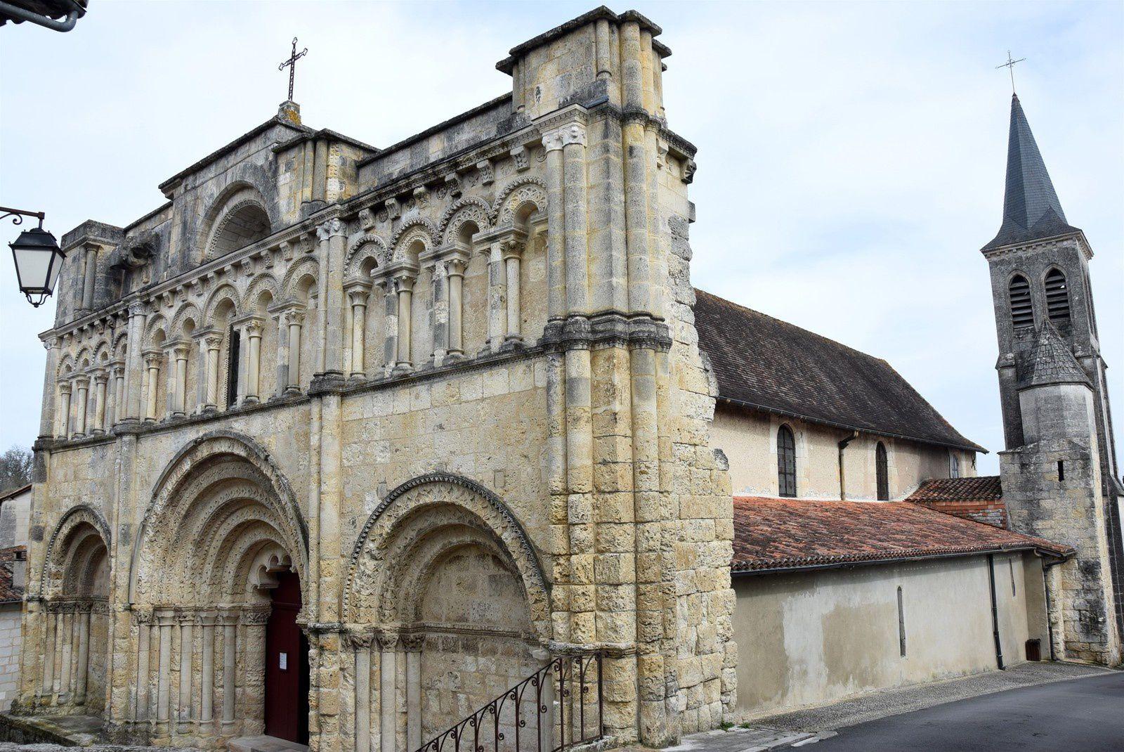 Que la France est belle :  Aubeterre sur Dronne