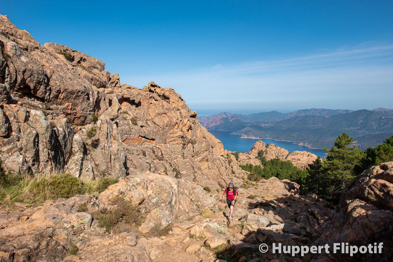Ascension du Capu d'Ortu depuis le village de Piana. Magnifique belvédère sur le golfe de Porto