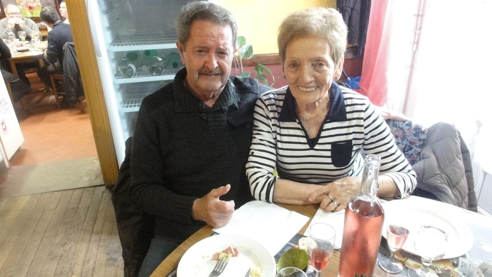 """Nous avons déjeuner au restaurant routier """" LES ARDENNAIS, sur la route du Mans , à LUCEAU"""