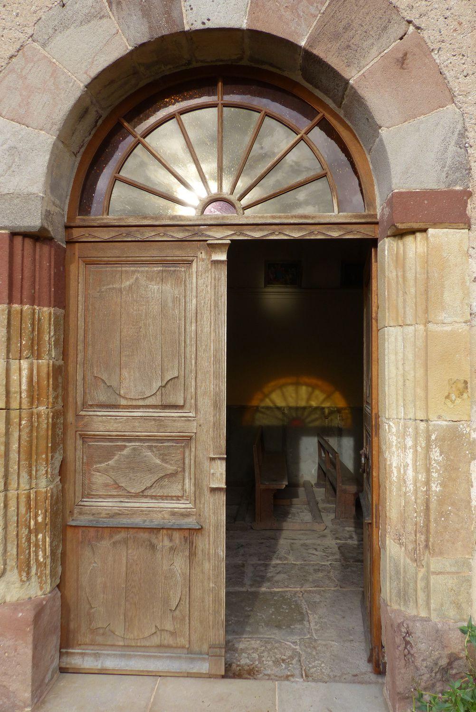 Porte grande ouverte, la petite église de Notre-Dame d'Albiac attendait les visiteurs !