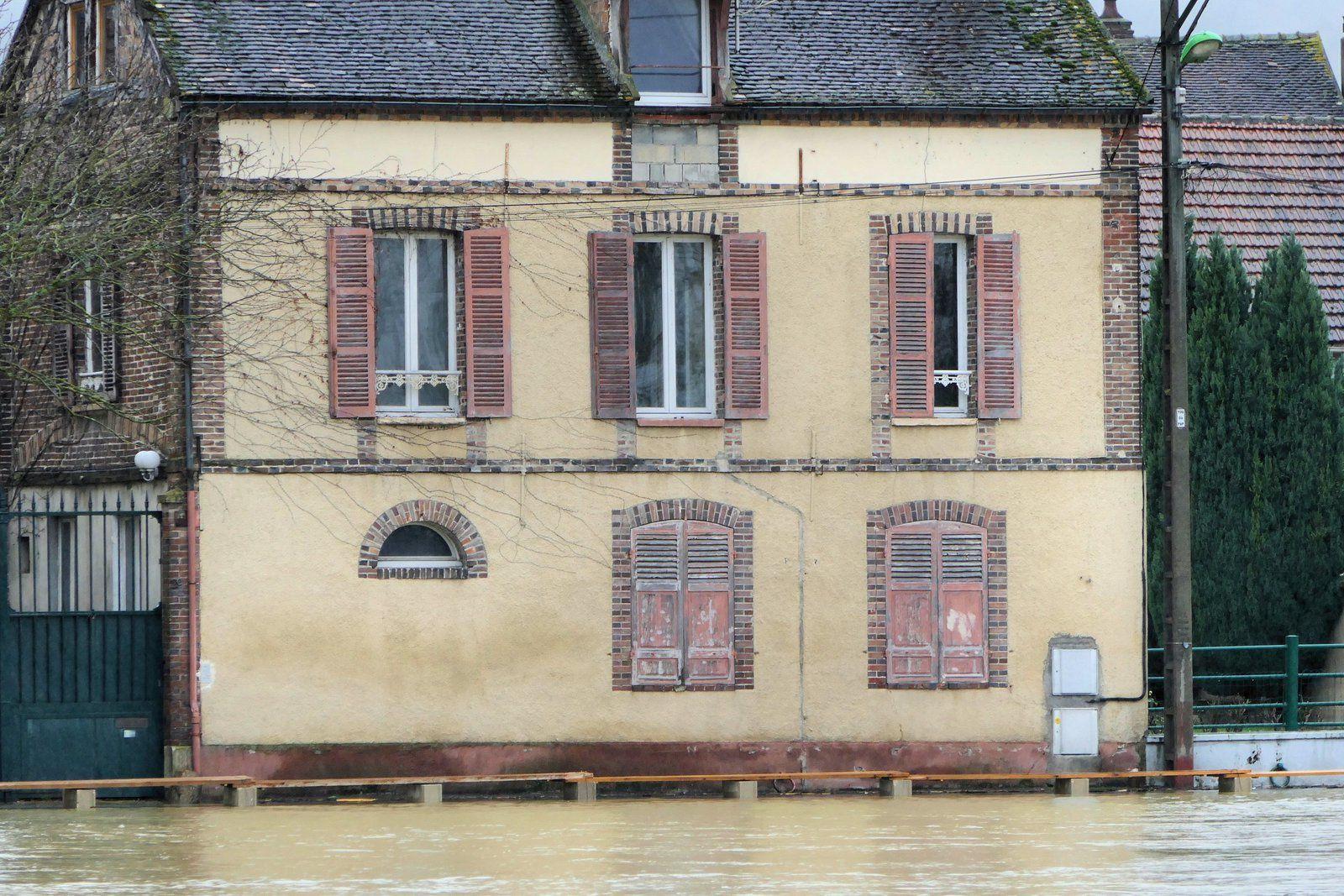 Crue de l'Yonne ville de Sens le 25 Janvier 2018