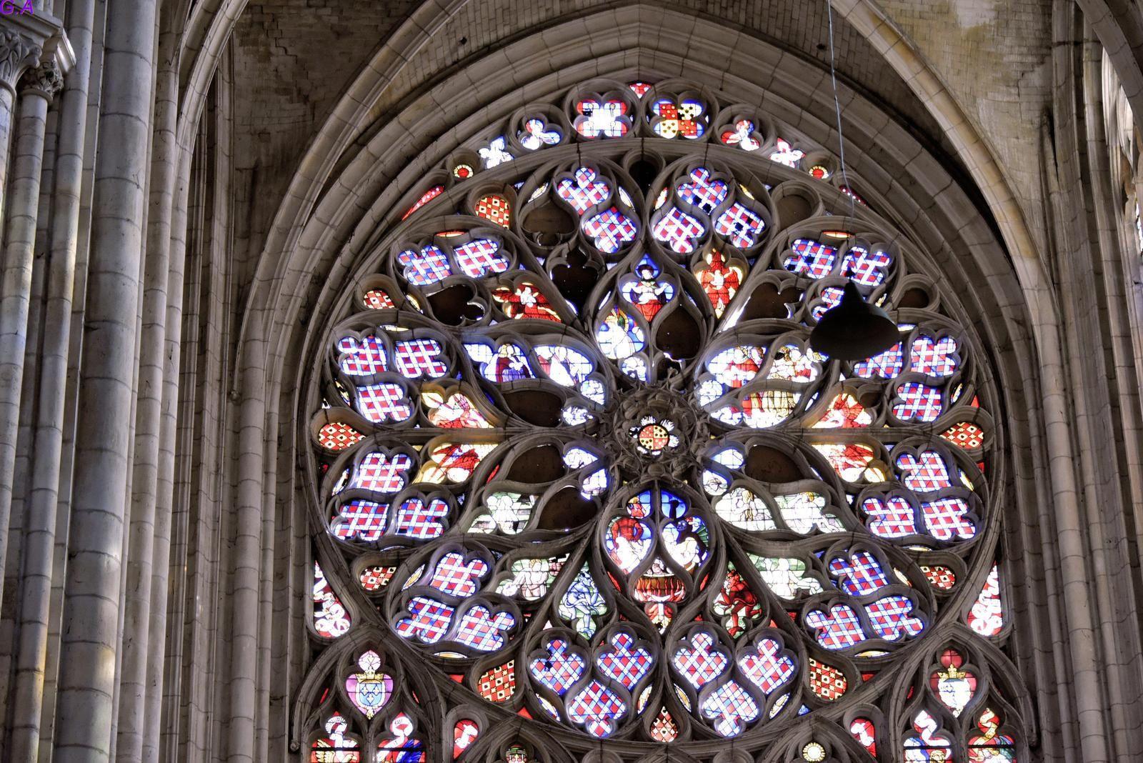 Quelques photos interieur de la cathédrale de SENS