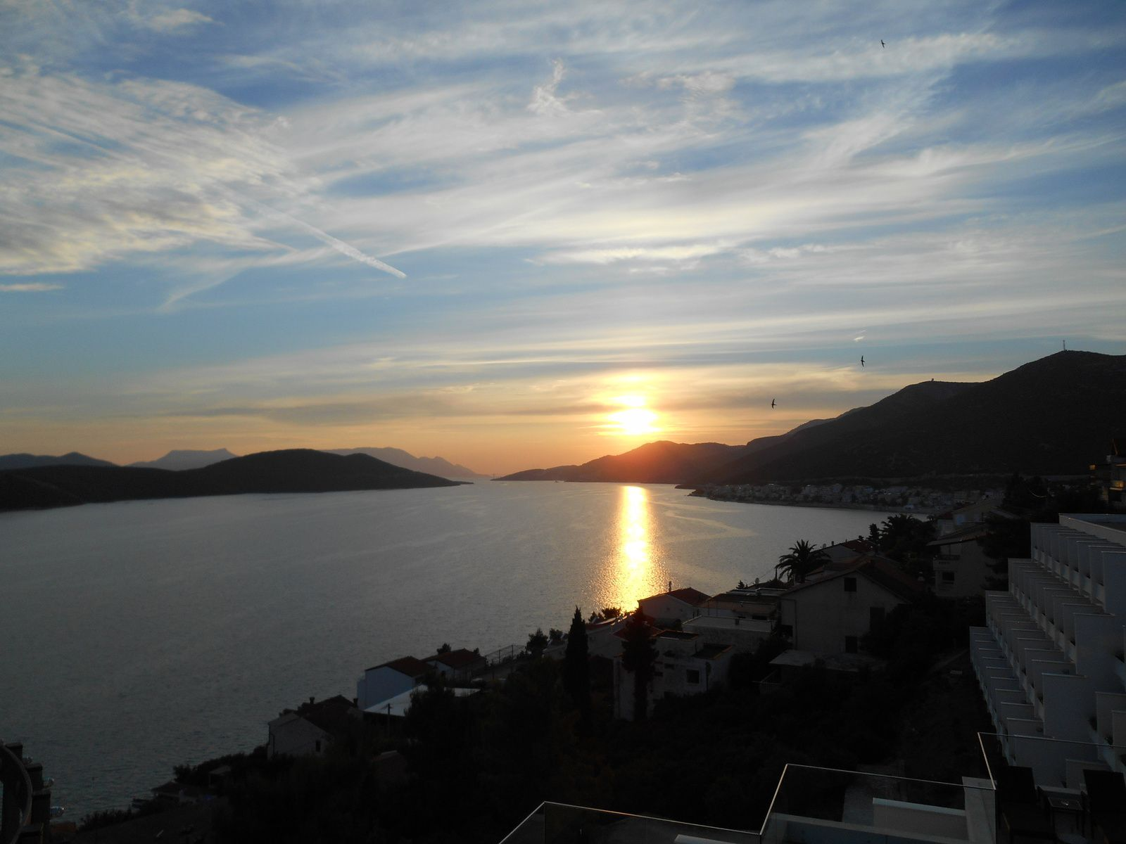 Et pour terminer, un superbe coucher de soleil sur la mer Adriatique!