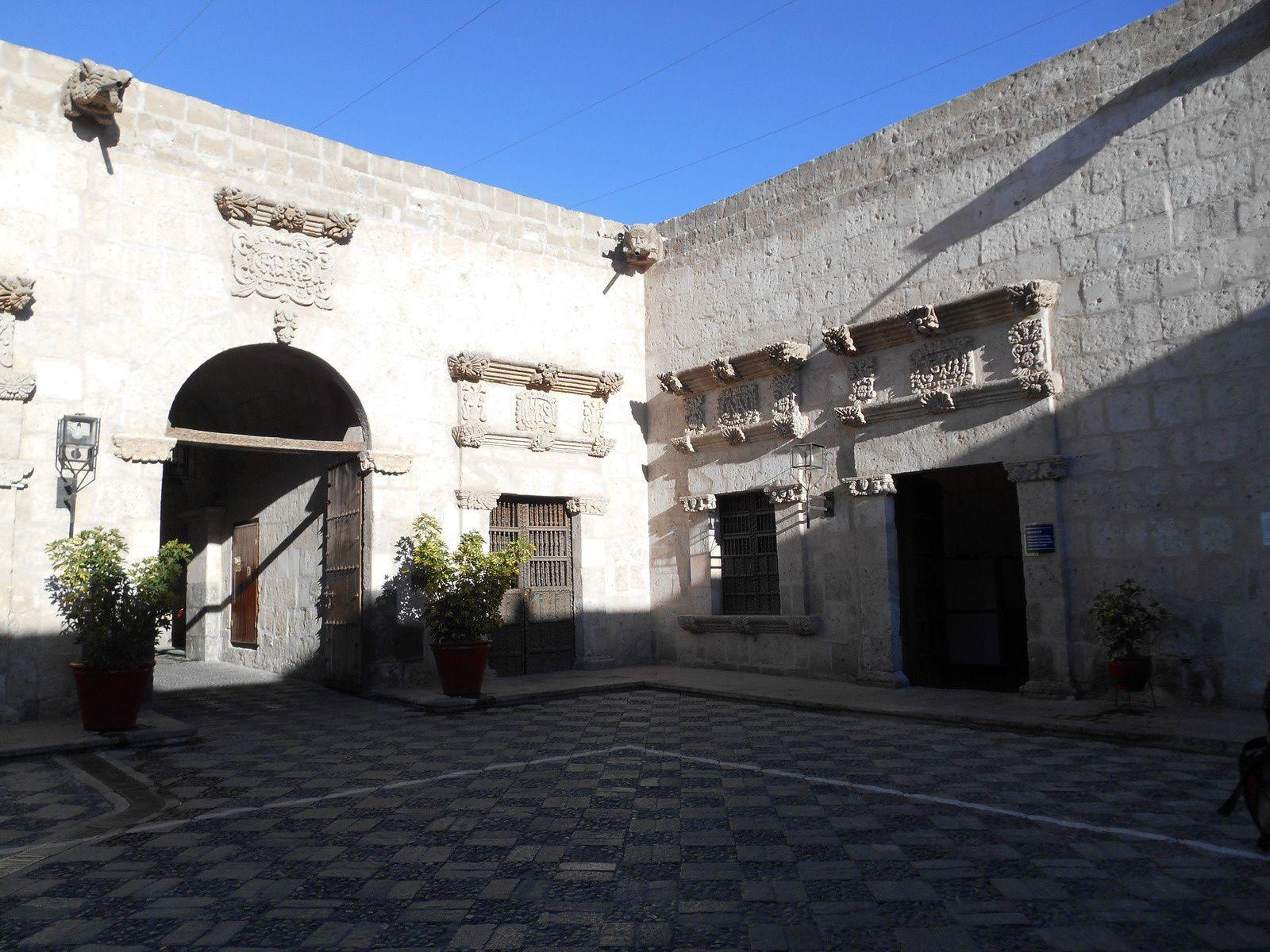 La Casa Tristan del Pozo où vécut l'arrière-grand-père de Paul Gauguin.
