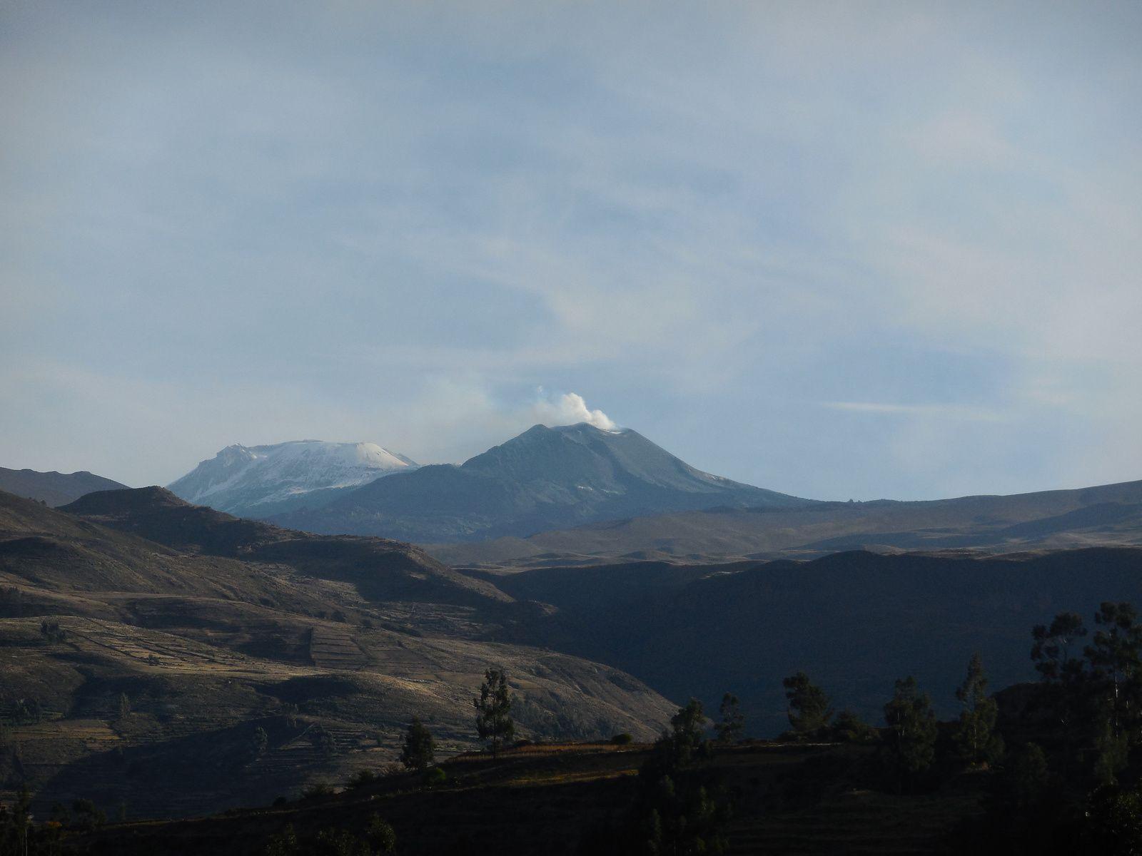 Omniprésence des volcans toujours en activité!
