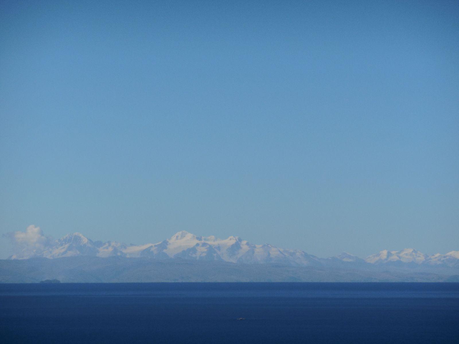 Zoom sur les volcans boliviens...