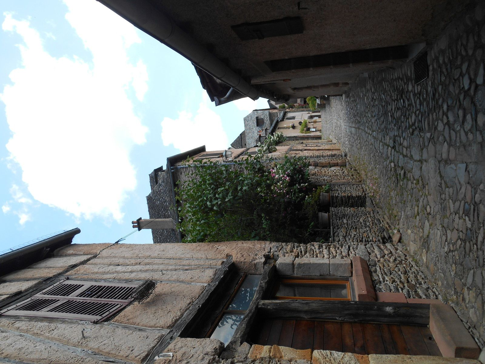 Dernières photos du village....