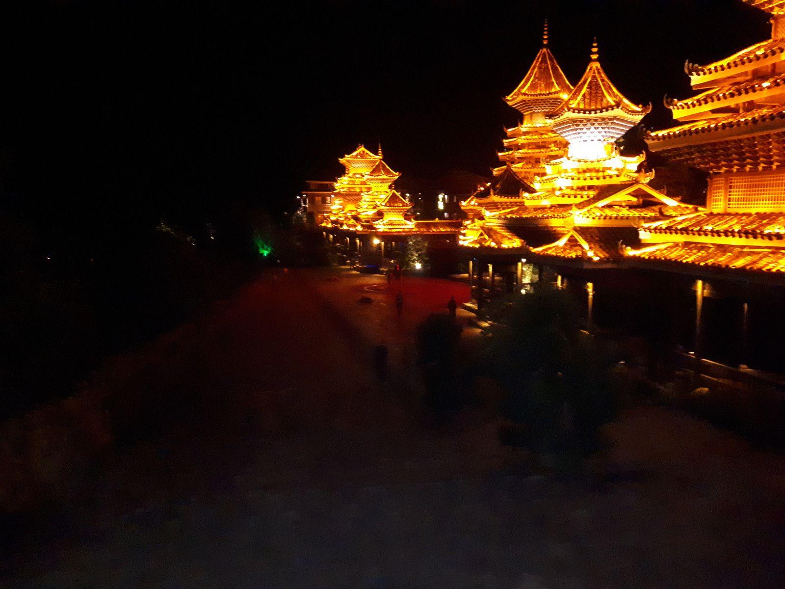 Chine: jour 10- Une boucle autour du village de Zhaoxing.-3-
