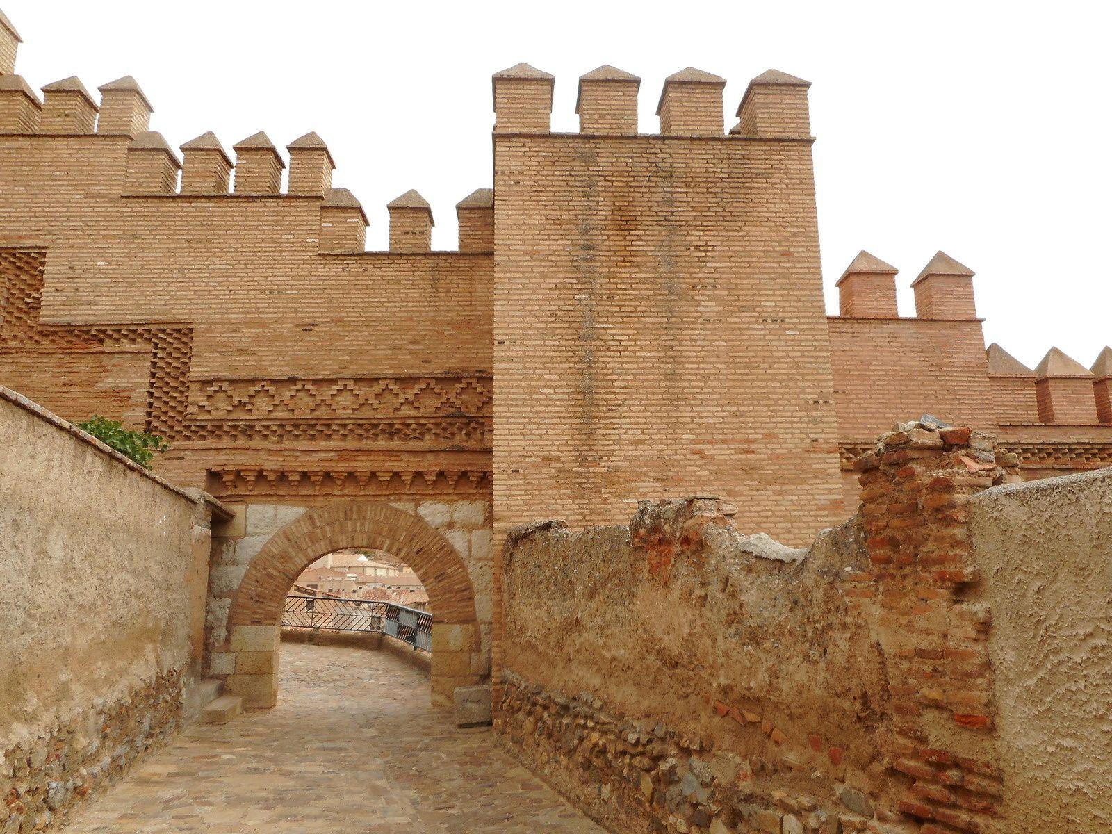 La Puerta del Arrabal...