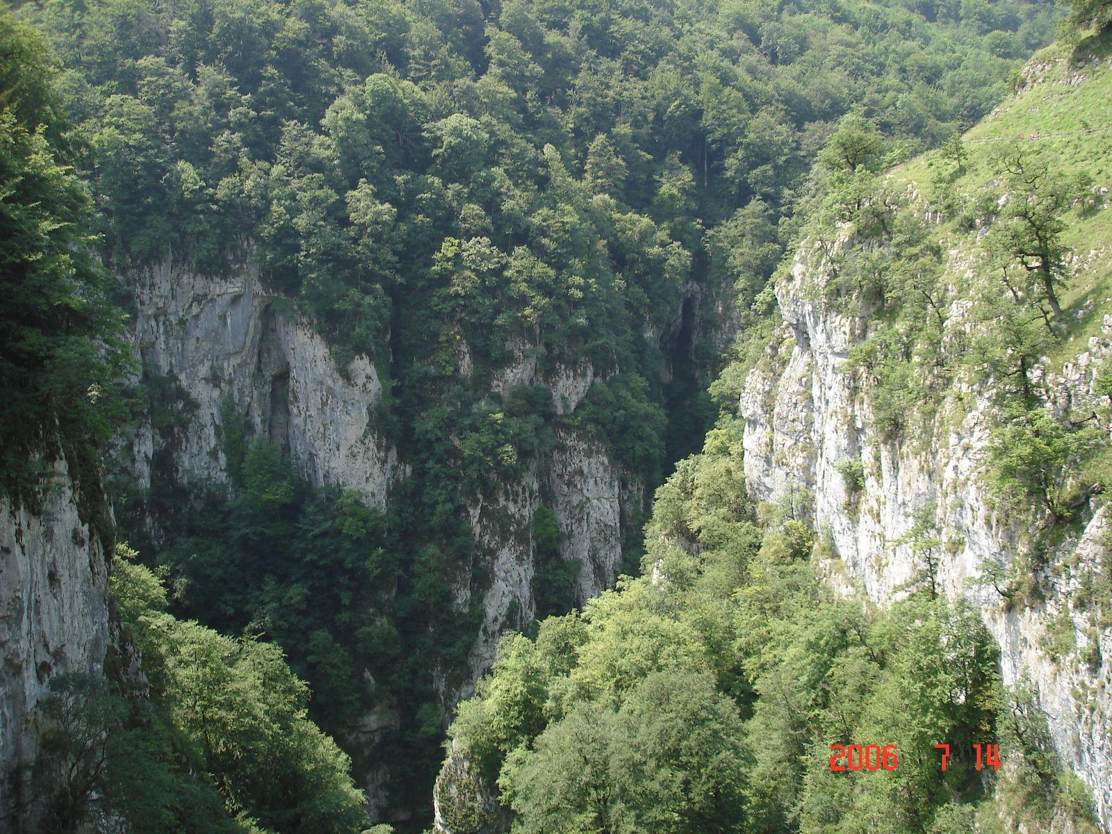 Point de rencontre des canyons d'Holzarté et d'Olhadubi.