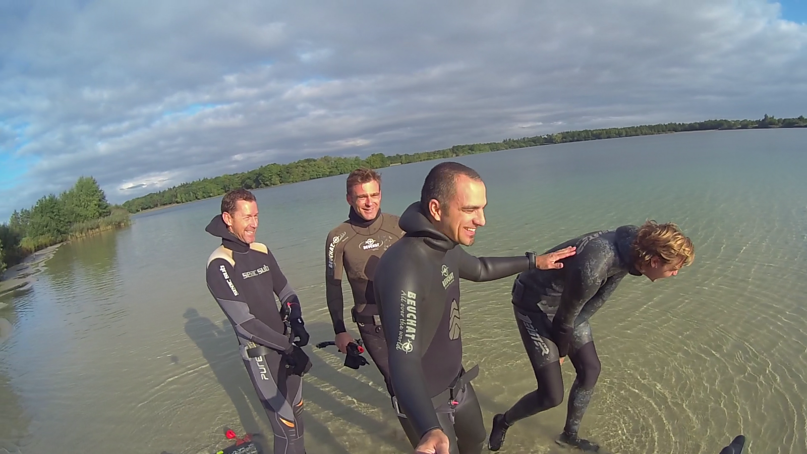 Another bunch of AIDA2 certified freedivers for Belgium!