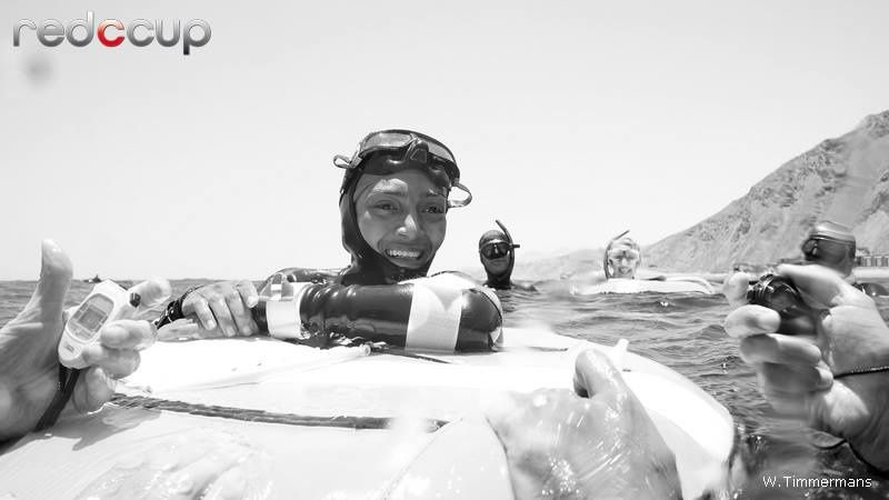 Passante Adel waiting for her white card after her 42m FIM dive (photo credit: Wendy Timmermans)