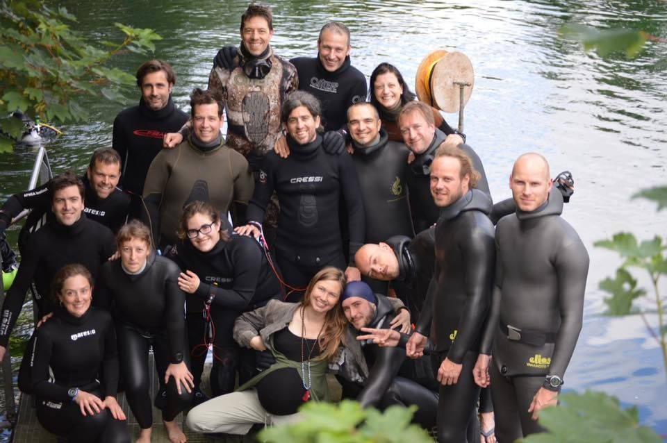 Big group of freedivers in Cpd Dongelberg (photo by Inge Simonet).