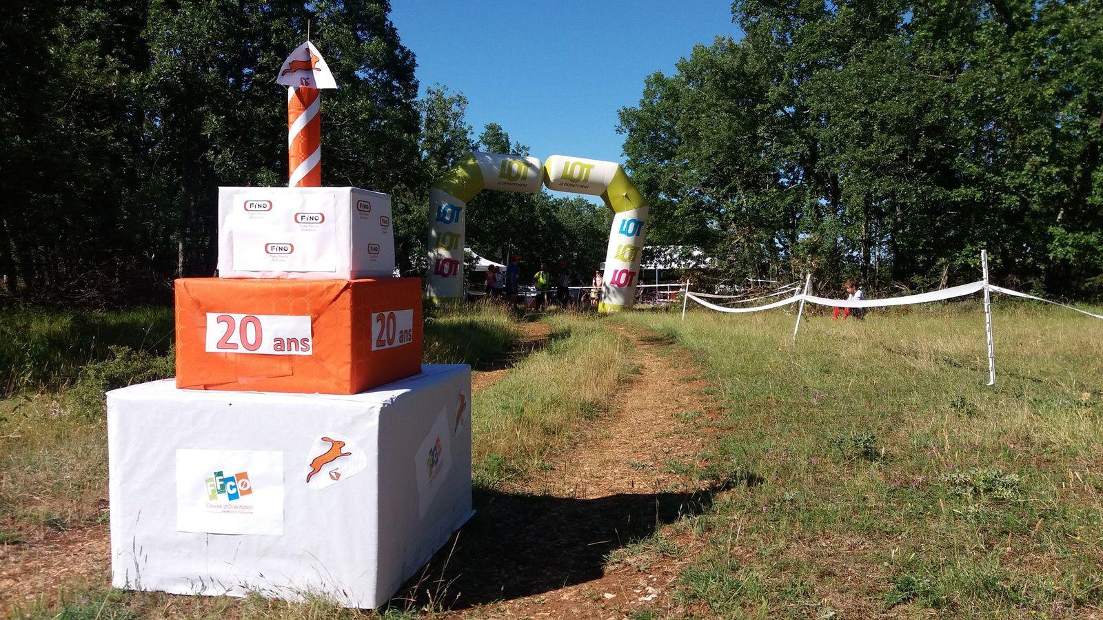 Le FiNO a réalisé une balise cadeau gâteau pour célébrer les 20 ans du club lors de la Nationale Sud Ouest à Quissac le 18 juin 2017.