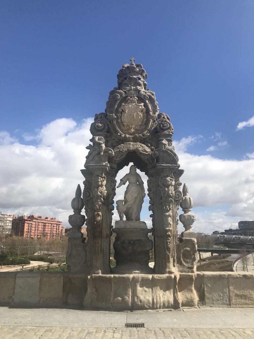 Madrid #2 : Palais et riviere