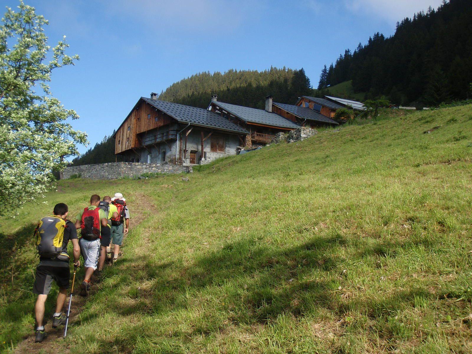 Mont Jovet: Boucle depuis Villard Dessus par le Roc du Becoin