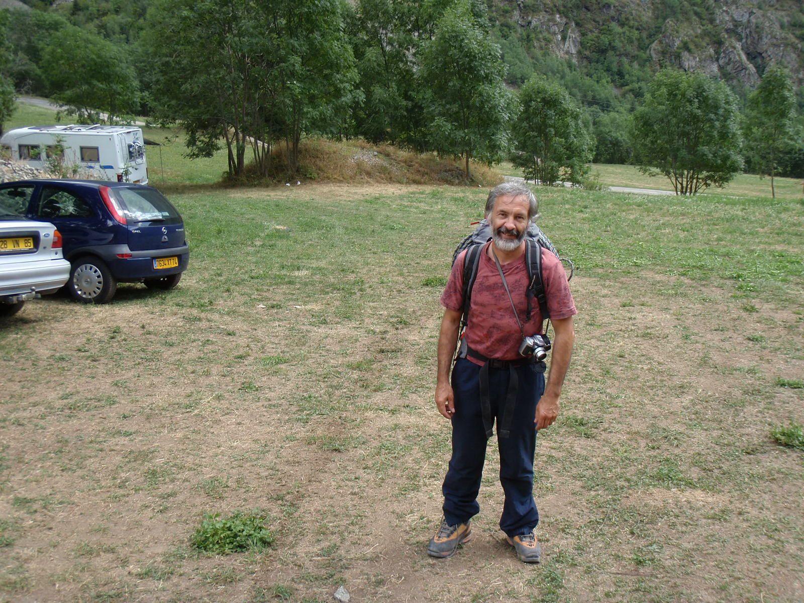 Olan: Arête nord>Descente brèche Escarra 1/2