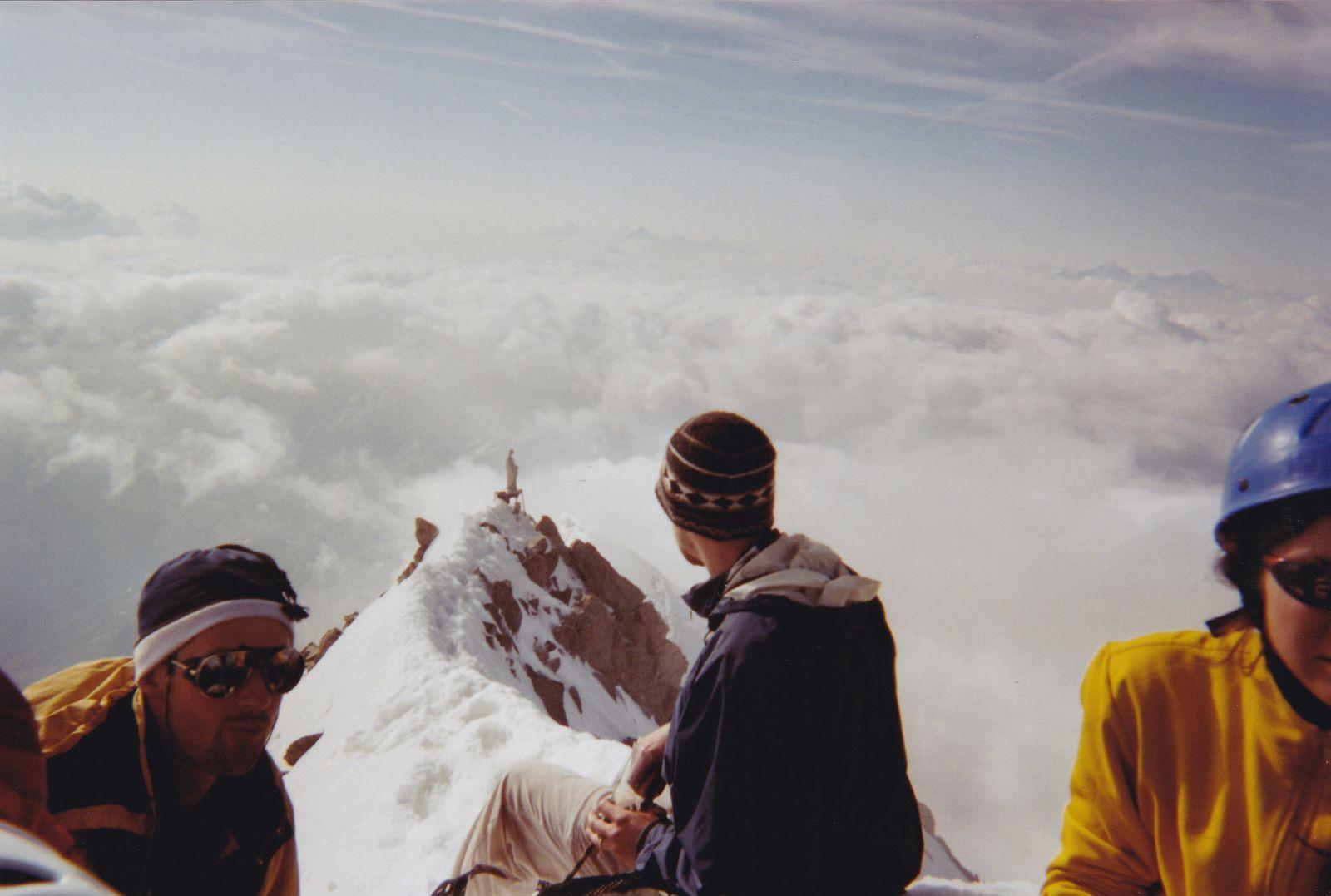 Mont Dolent: Arête Gallet en traversée.