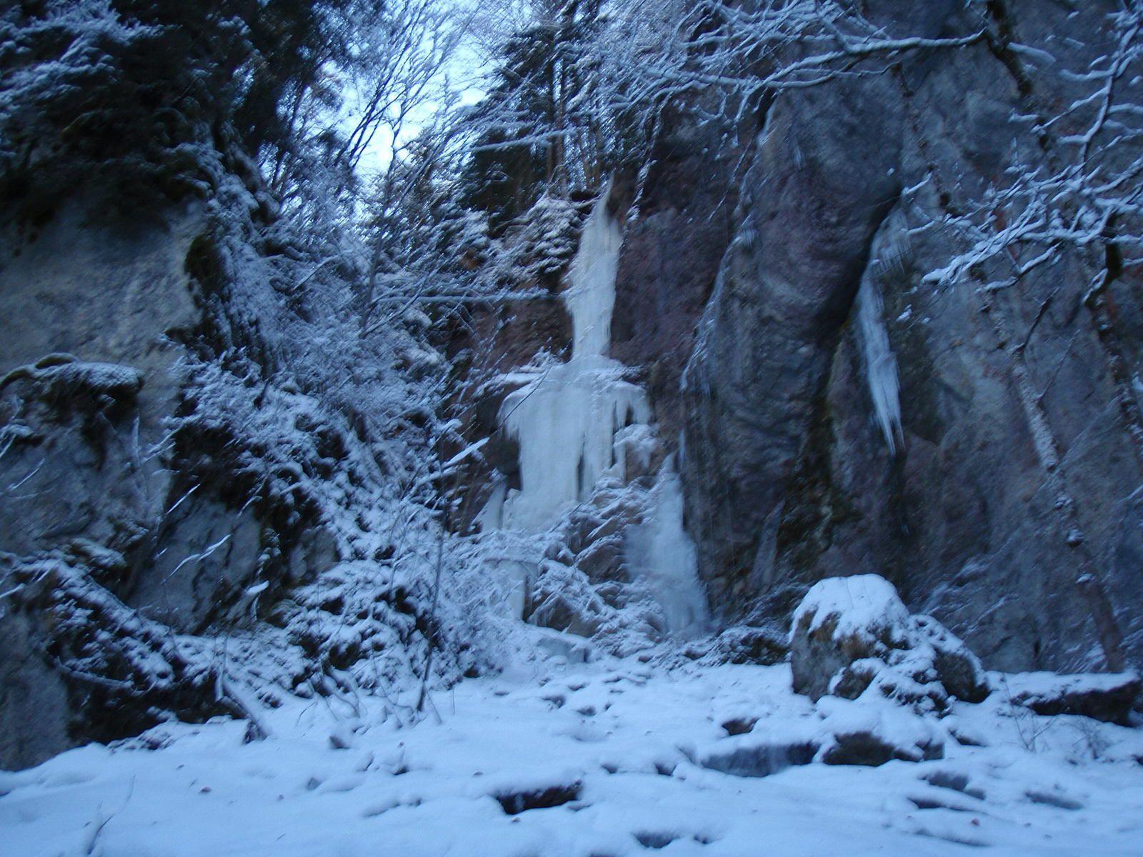 Cascade de Sur Bayard: Cascade de gauche