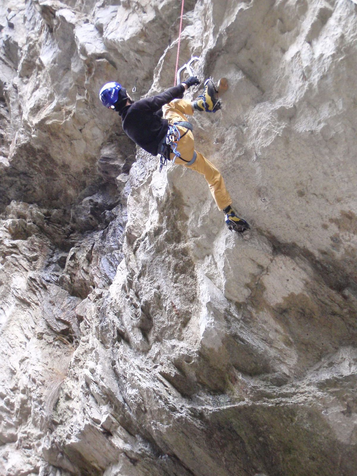Les Thermes du Fayet; Dry-tooling