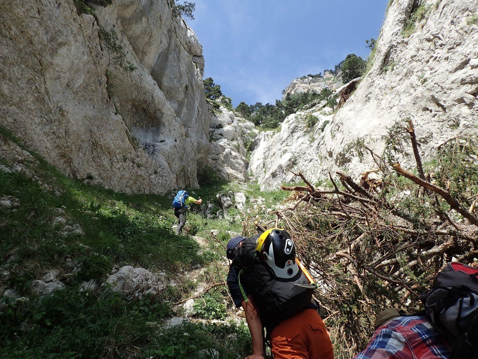 Tour Isabelle : Tour Percée; arches de Chartreuse et traversée du sangle 1/2