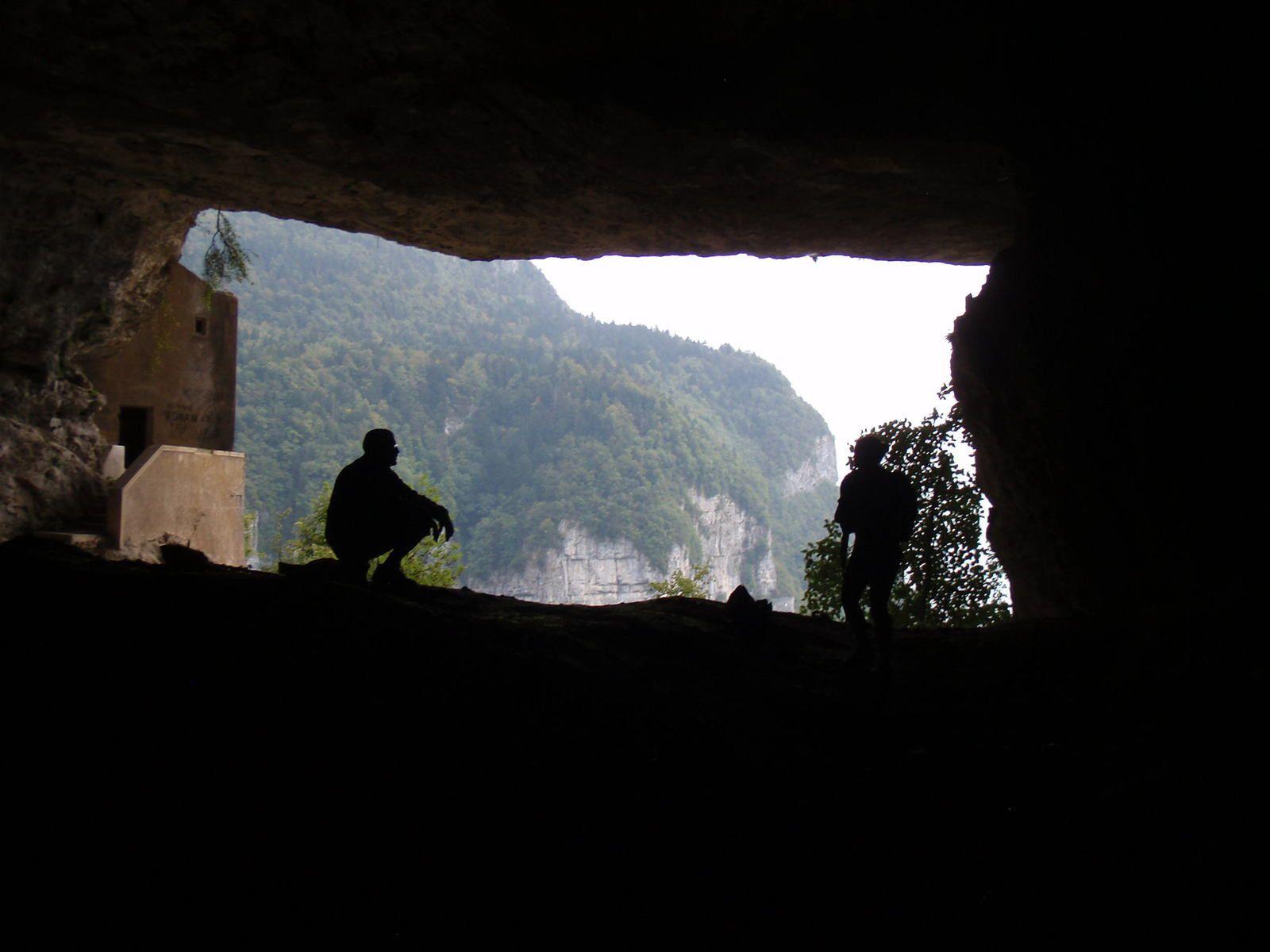 Croix du Nivolet: Par la Via de la Grotte à Carret