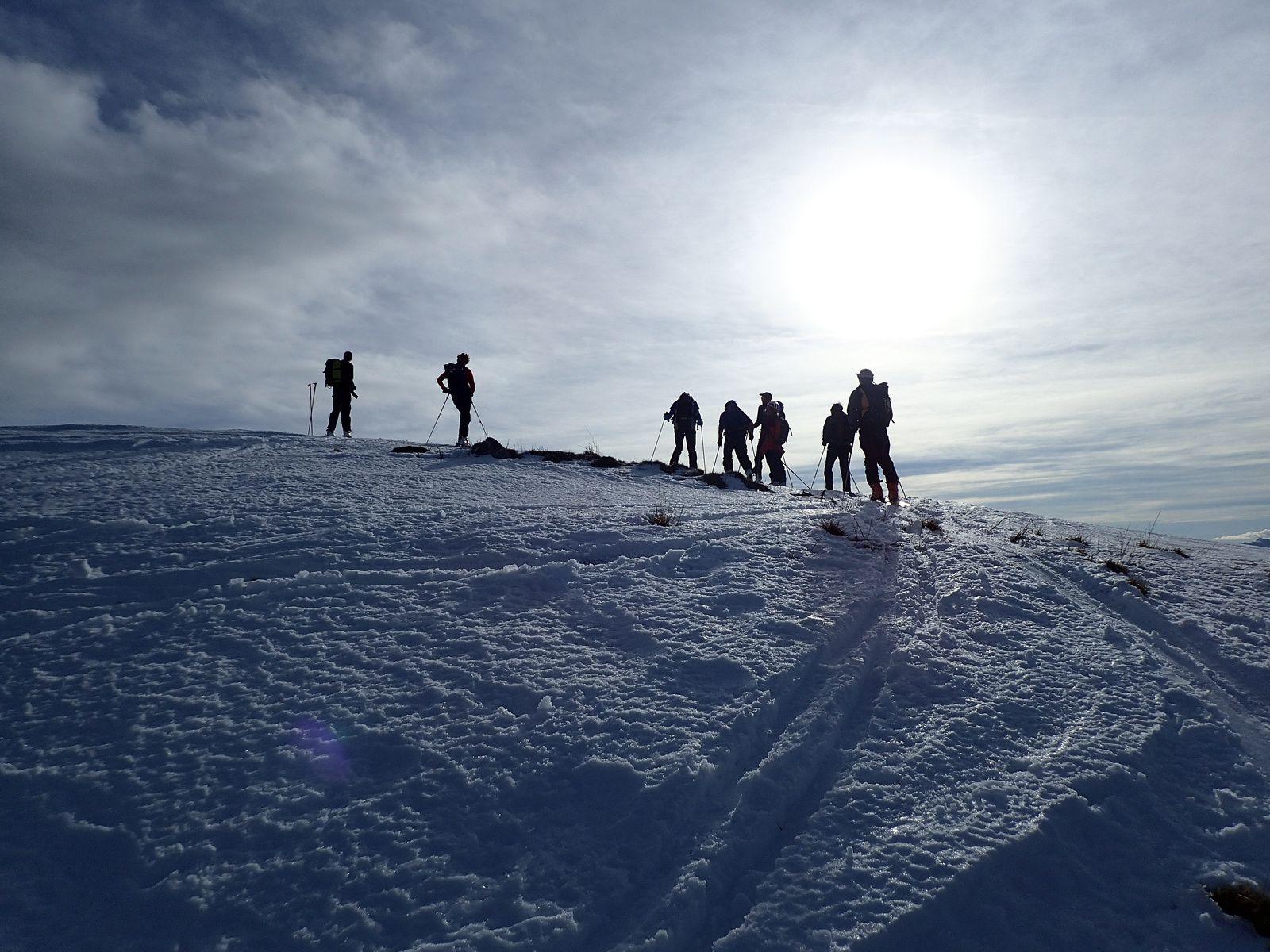 Montagne de Sulens : Depuis Plan Bois + tricotage 1/2