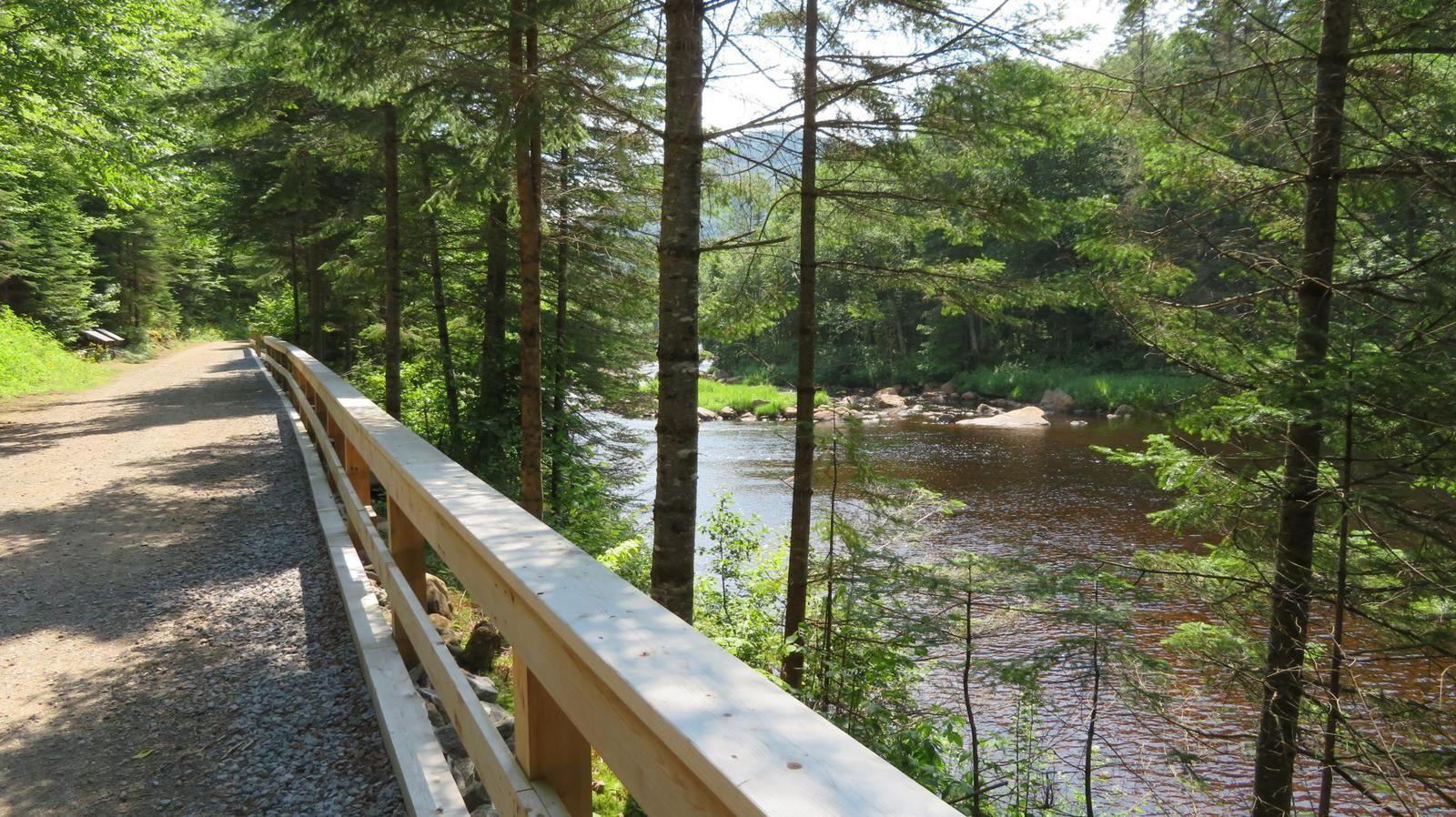 Album photos : Parc de la Jacques Cartier, sentier des coulées (Canada - Québec)
