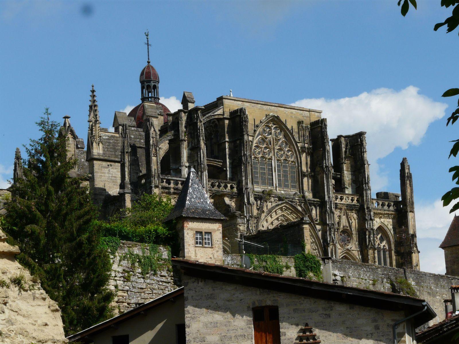 La visite de Saint-Antoine-l'Abbaye clôturait cette belle escapade d'une journée.                                             (crédits photos BBP/MG)