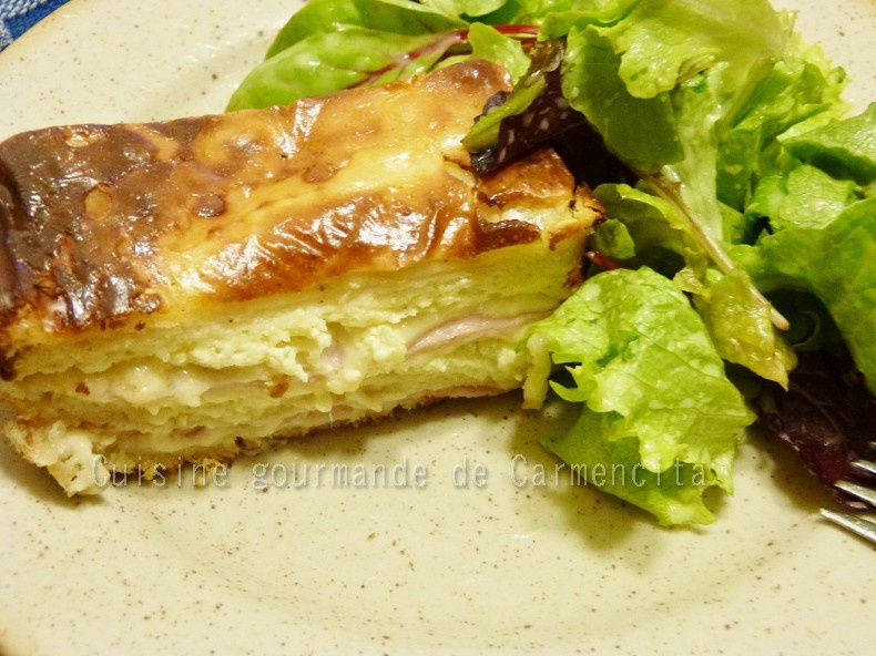Croque cake à la saucisse de jambon aux pistaches et au fromage de chèvre frais