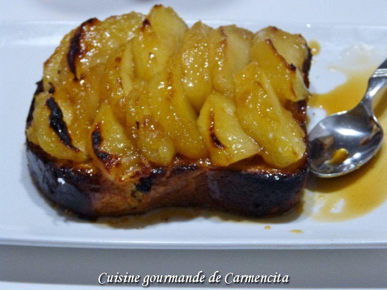 Brioche perdue aux pommes et sauce caramel au beurre salé et cidre doux