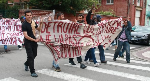 Calais. La manifestation devrait avoir lieu sauf si… Et, les migrants évacués sont quasiment tous revenus ; source de l'élan de solidarité