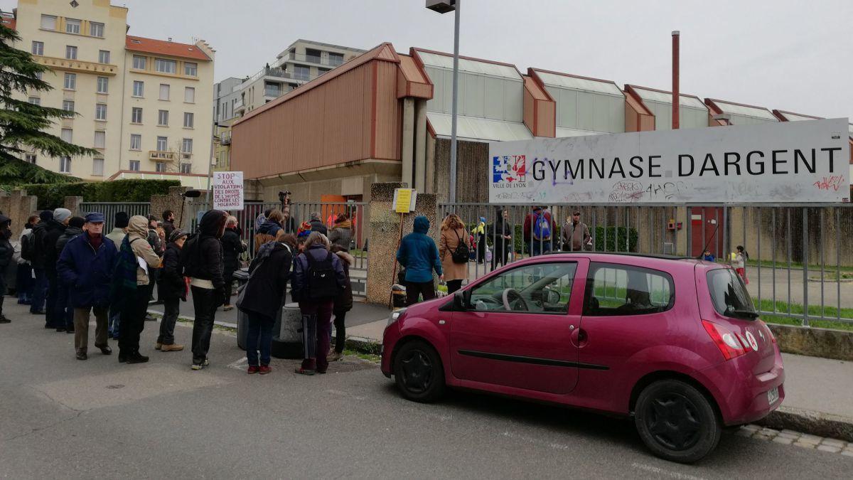 80 migrants évacués du gymnase Dargent à Lyon