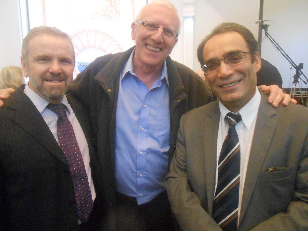 M. Azzedine Gaci, le Père Christian Delorme et Monsieur le Consul d'Algérie à Lyon - clichés bYg 2014 Bernard Gouttenoire