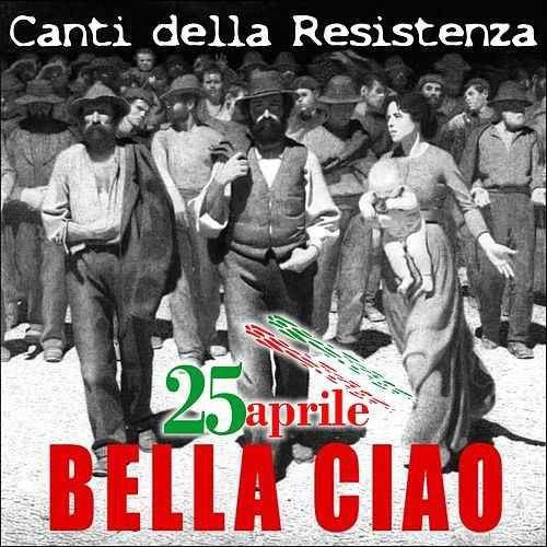 Bella Ciao interprété par l'orchestre Debout le 15 mai 2016 sur la place de la République à Paris