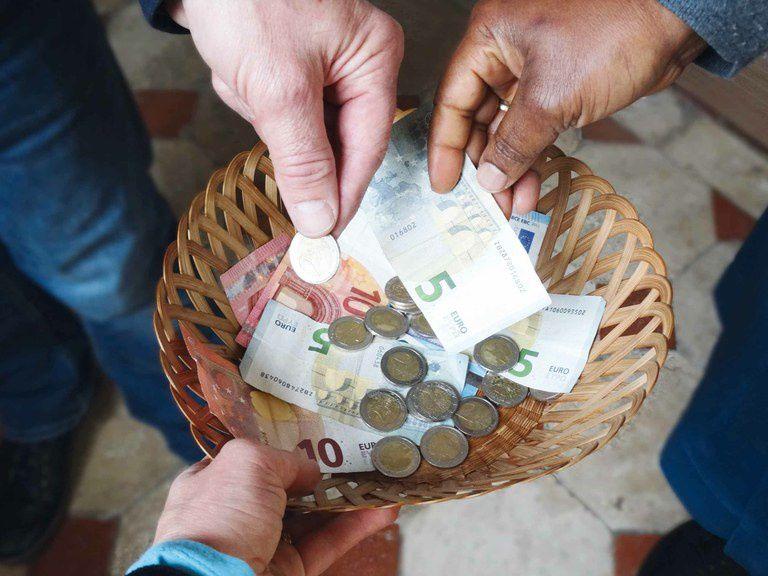 Rapport à l'argent. Je m'engage donc à m'efforcer de trouver l'équilibre pour m'occuper des questions matérielles sans m'en préoccuper