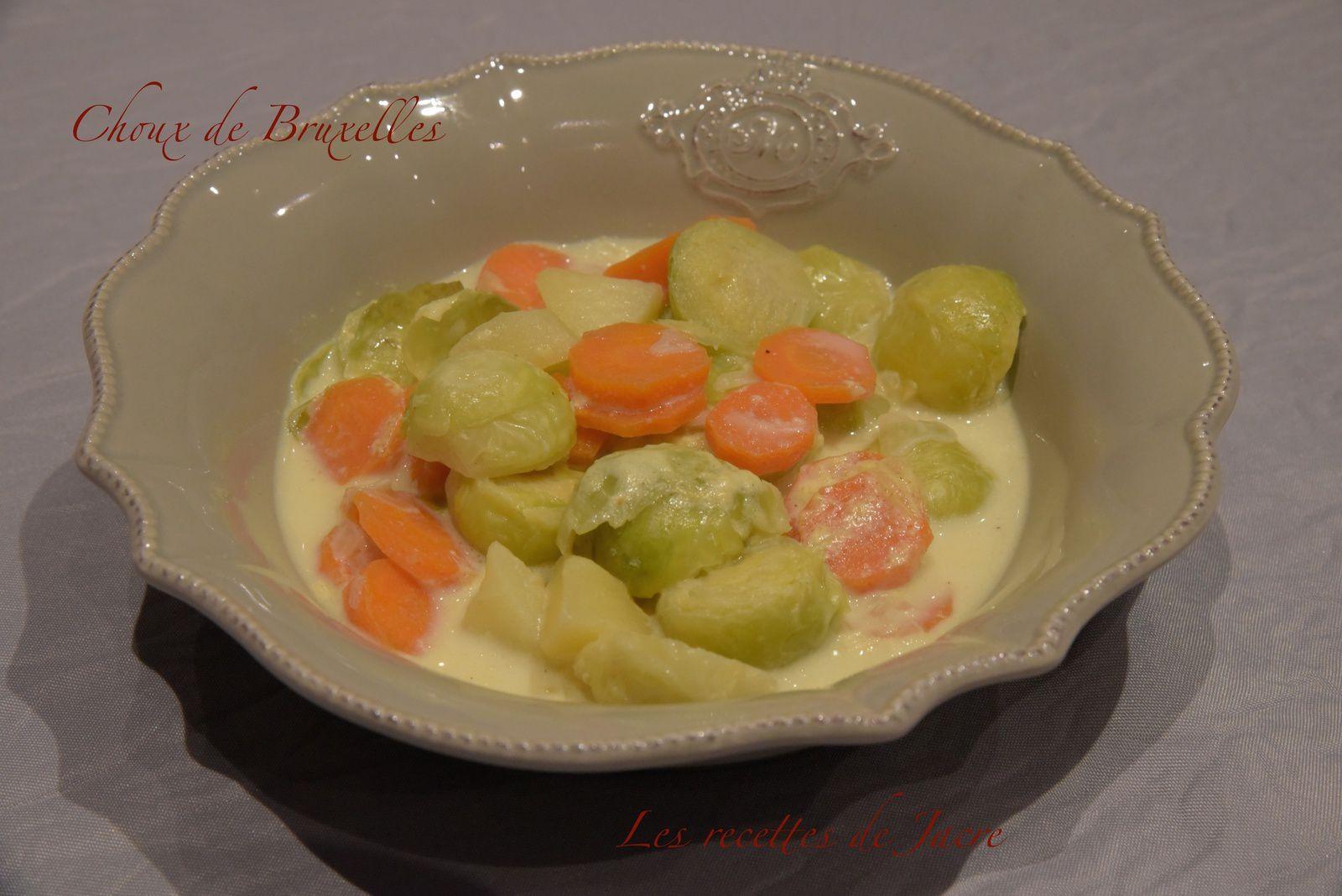Soupe de choux de Bruxelles à l'eau de coco