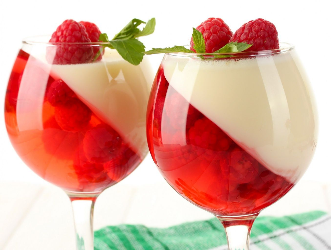 Dessert - Framboises - Coupe - Wallpapers - HD