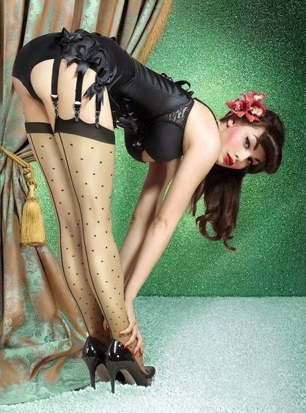 Femme - Brune - Pin-up - Sexy - Picture - Free