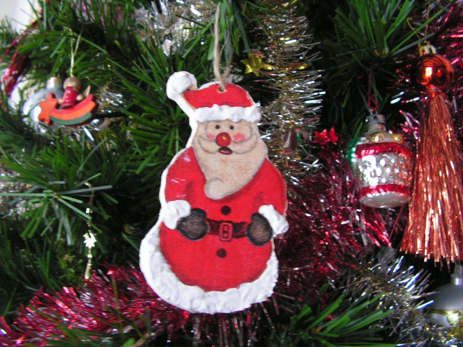 Père Noël et bonhomme de neige en bois