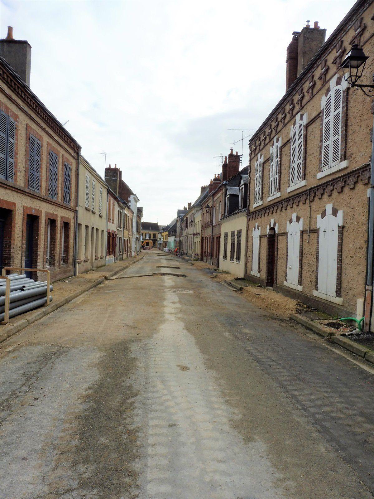 """La rue Jean Moulin... sans voitures...une photo """"collector"""""""