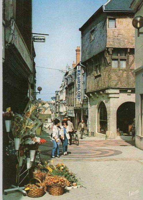 La rue Joffre comme vous ne l'avez pas vu depuis (très) longtemps !