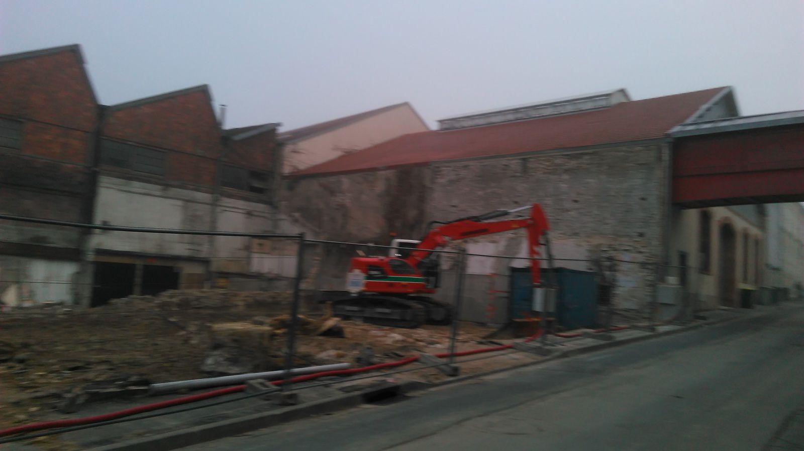 Construction de Pôle emploi : la maison est démolie