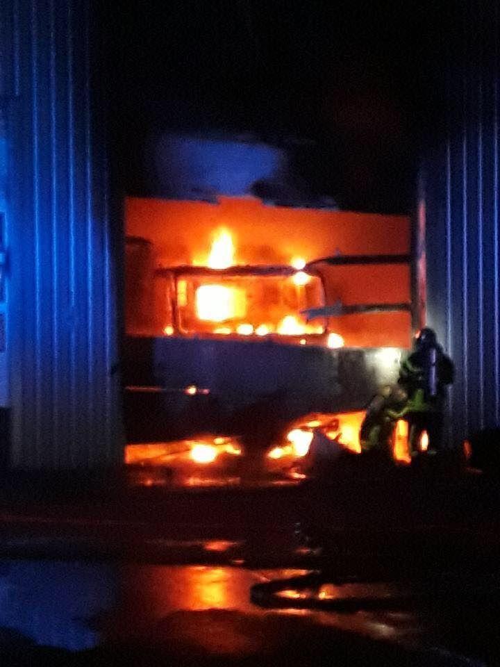 Incendie au garage Iveco de Vierzon