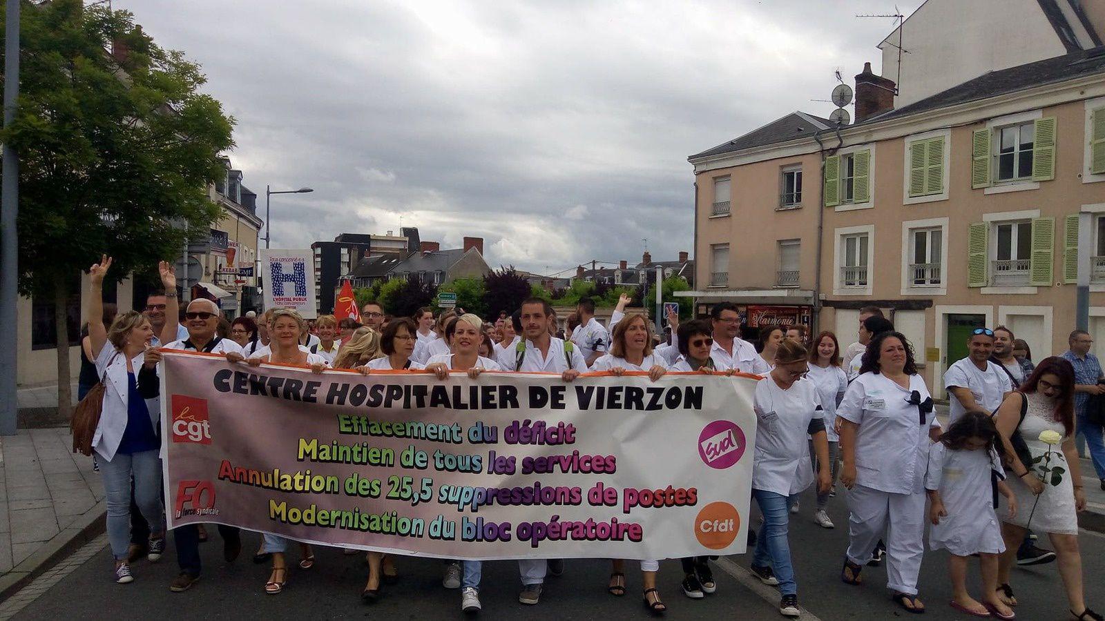 Une marée humaine a marché pour l'hôpital de Vierzon