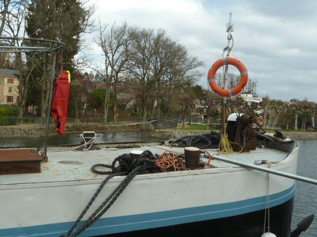 Vierzon, côté bateau sur le canal