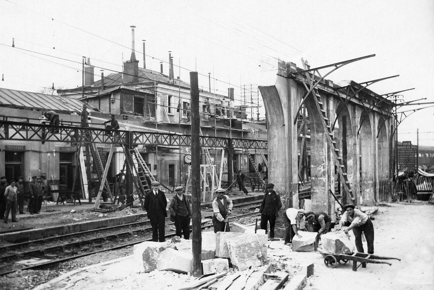 Quand la gare de Vierzon était électrifiée